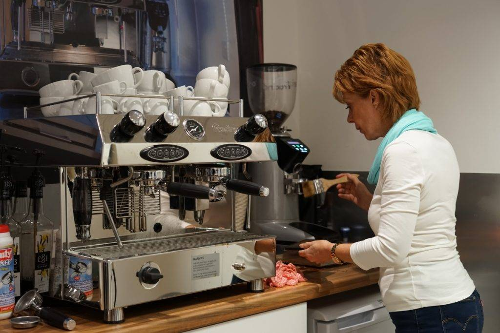 mobile coffee van camberley